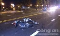 Thanh niên tông xe máy vào hai nữ sinh, 3 người thương vong