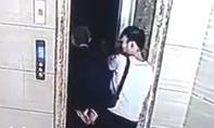 Con rể mở cửa thang máy, khiến bố vợ rơi xuống tử vong