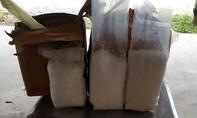 CSGT bắt 2 vụ vận chuyển 12kg ma túy cùng súng đạn
