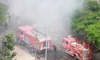 Cháy bãi rác gần siêu thị ở TP.Biên Hòa, khói đen bủa vây khu dân cư