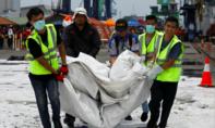 Indonesia rà soát đáy biển tìm hộp đen thứ hai của máy bay