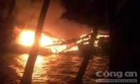 Tàu cá cháy lớn, thiệt hại gần 10 tỷ đồng