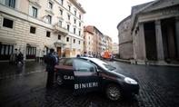 Trùm mafia Ý sa lưới sau 15 năm trốn trong căn hộ có lối thoát bí mật