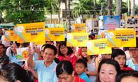 Mỗi năm Việt Nam phát hiện thêm khoảng 8.000 người nhiễm HIV