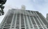 Cư dân chạy từ tầng 31 xuống đất khi thấy khói bốc lên từ chung cư