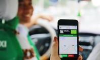 """Taxi truyền thống """"lột xác"""" nhờ công nghệ"""