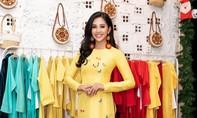 Hoa hậu Tiểu Vy khoe nhan sắc rạng ngời