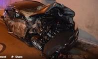 Tài xế bất cẩn, chiếc ô tô bay như phim 'bom tấn' Hollywood