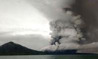 Indonesia nâng mức báo động về núi lửa lên mức cao nhất