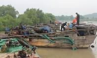 """Phát hiện hàng chục ghe """"khủng"""" hút cát trên sông Đồng Nai"""