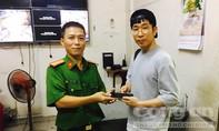 Du khách Hàn Quốc cảm phục đặc nhiệm bắt cướp trên phố Sài Gòn