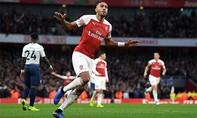 Tottenham gục ngã trước Arsenal