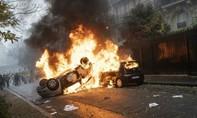 Pháp triển khai cảnh sát dày đặc, đối phó biểu tình cực lớn vào ngày 8-12