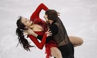 Nữ VĐV trượt băng Hàn Quốc tuột áo vẫn cố gắng biểu diễn hết phần thi
