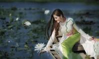 Á hậu Hoàng Hạnh: 'Tôi đẹp nhất khi mặc áo dài'