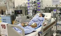 Bác sĩ mất 5 ngày Tết 'chiến đấu' với tử thần cứu bé gái
