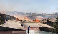 'Bà hỏa' thiêu rụi công ty gỗ, công nhân mất việc đầu năm