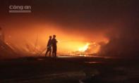 Thêm một công ty gỗ chìm trong biển lửa