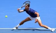 Djokovic tự tin về sức khỏe, dù bị tái phát chấn thương