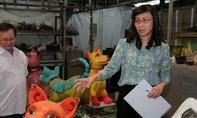 Thăm xưởng chế tác các linh vật đường hoa Nguyễn Huệ 2018