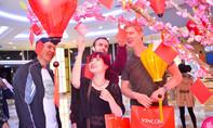 Vui Tết gắn kết, sắm quà đắc lộc tại Vincom