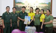 Báo Công an TP.HCM thăm, tặng báo xuân đến Bộ đội biên phòng