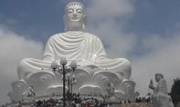 Viếng tượng Phật ngồi cao nhất Đông Nam Á