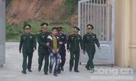Cuốn quanh người 3.200 viên ma túy nhập cảnh vào Việt Nam