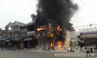 'Bà hỏa' thiêu rụi một siêu thị điện máy