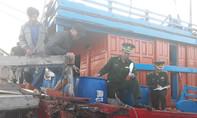 Ngư dân kể lại việc tàu cá bị tấn công, cướp phá trên biển