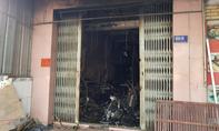 Cháy tiệm photo ở Sài Gòn, vợ chồng ngạt khói, con tử vong