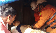 Vượt biển cứu thuyền viên bị tai nạn, tê liệt toàn thân