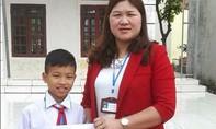 Học sinh lớp 5 trả lại hơn 24 triệu đồng cho người đánh rơi