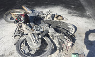 Xe máy bốc cháy sau va chạm với xe khách, thanh niên tử vong