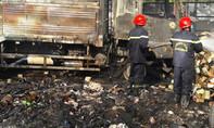 Cháy rụi xưởng phế liệu cùng 2 chiếc xe tải