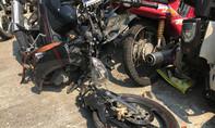 Xe máy tông vào cột điện gãy đôi, một thanh niên tử vong