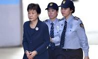 Cựu tổng thống Park Geun-hye không kháng án 24 năm tù