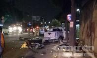 """""""Xe điên"""" bay qua dải phân cách tông nhiều xe máy, 6 người thương vong"""