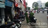Thanh niên bị đâm gục sau va quẹt giao thông