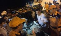 Hai tàu cá bị đâm chìm ngoài biển, 19 ngư dân gặp nạn