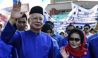 Cựu thủ tướng Malaysia bị cấm xuất cảnh để điều tra tham nhũng