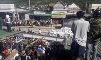 Xe tải tông chết 5 người chạy 97km/h qua khu dân cư
