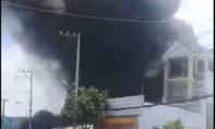 Cháy lớn cơ sở sản xuất thùng xốp ở Sài Gòn
