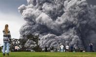 Núi lửa Hawaii phun cột tro bụi cao 3.600 mét