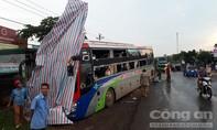 Xe tải lao vào xe gường nằm, nhiều hành khách hoảng loạn