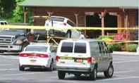 'Xe điên' lao vào nhà hàng ở Mỹ, 5 người thương vong