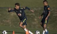 Brazil lo lắng về phong độ của Neymar