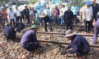 Clip khắc phục sự cố vụ va chạm hai tàu hỏa chở hàng