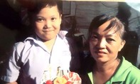 Theo mẹ đến công viên ở Sài Gòn, bé trai 8 tuổi mất tích