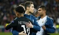 Nhiều thông tin việc Ronaldo hoán đổi vị trí với Neymar